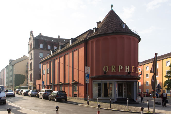 The venue for our border:none conference was the historic Orpheum-Lichtspielhaus, a former cinema from 1910